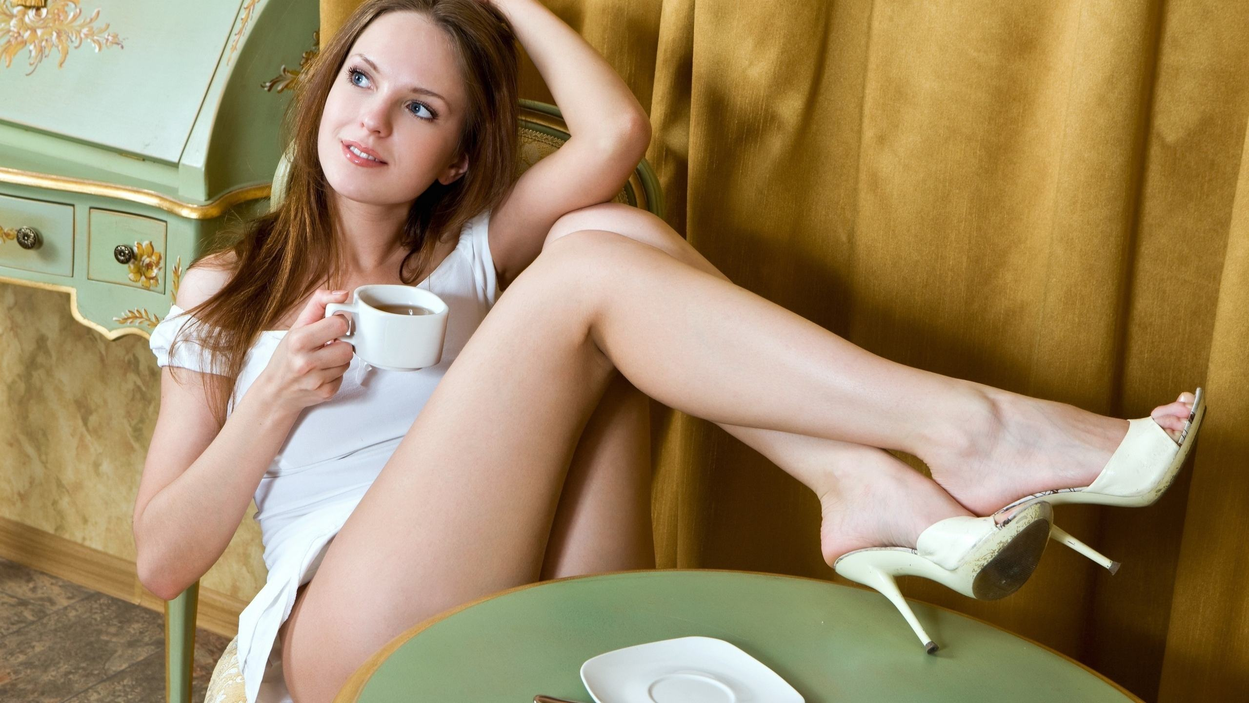 Девушки с очень сексуальными ножками