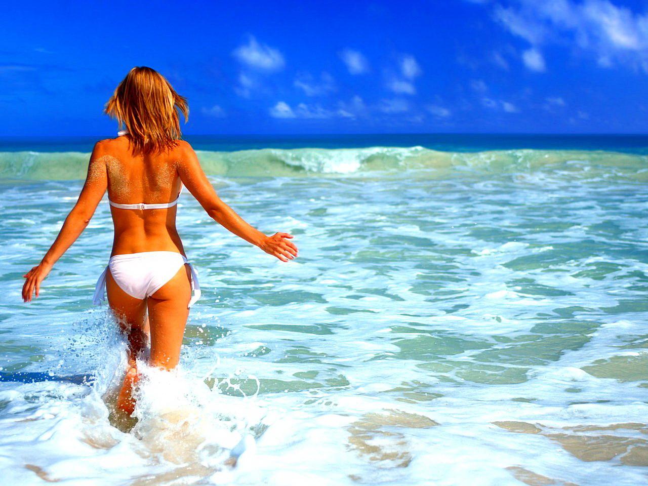 Фото девки на море 3 фотография